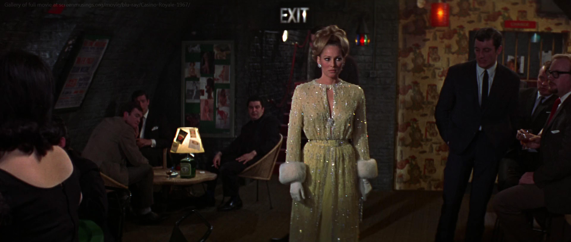 Cast casino royale 1967