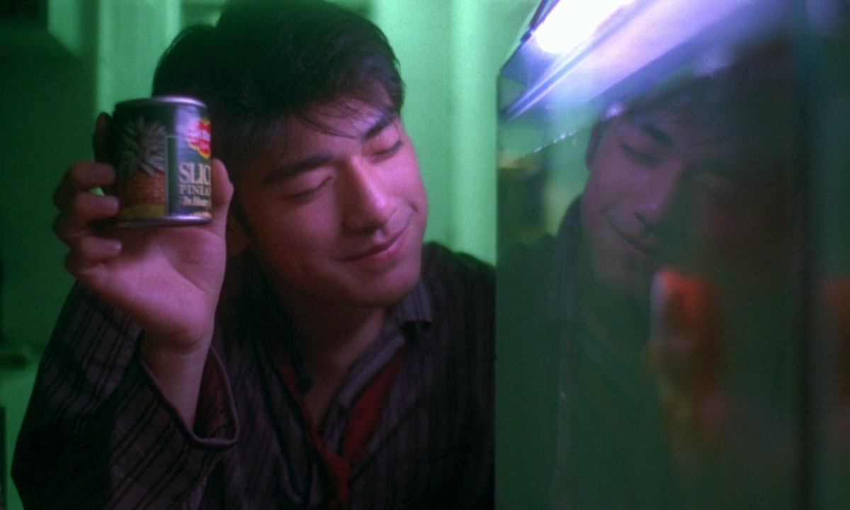 power of men in chungking express Chungking express is split into two distinct parts - both set in contemporary hong kong and focusing on lonely policemen (takeshi kaneshiro and tony leung chiu-wai) who each fall for a woman (brigitte lin and faye wong.