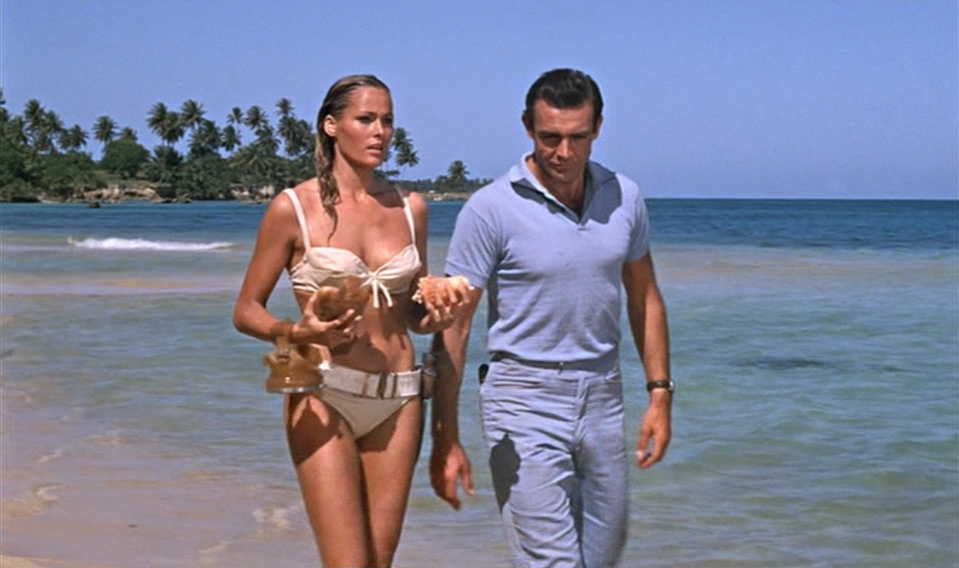 Sean Connery, Ursula Andress, Honey Ryder in Dr. No