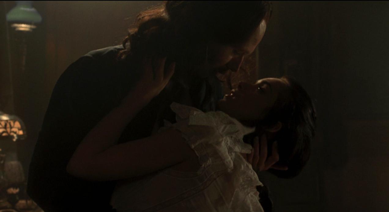 bram-stoker-dracula-sex-scene