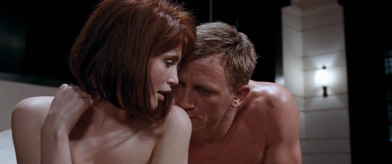 James bond picture fucking scene — 12