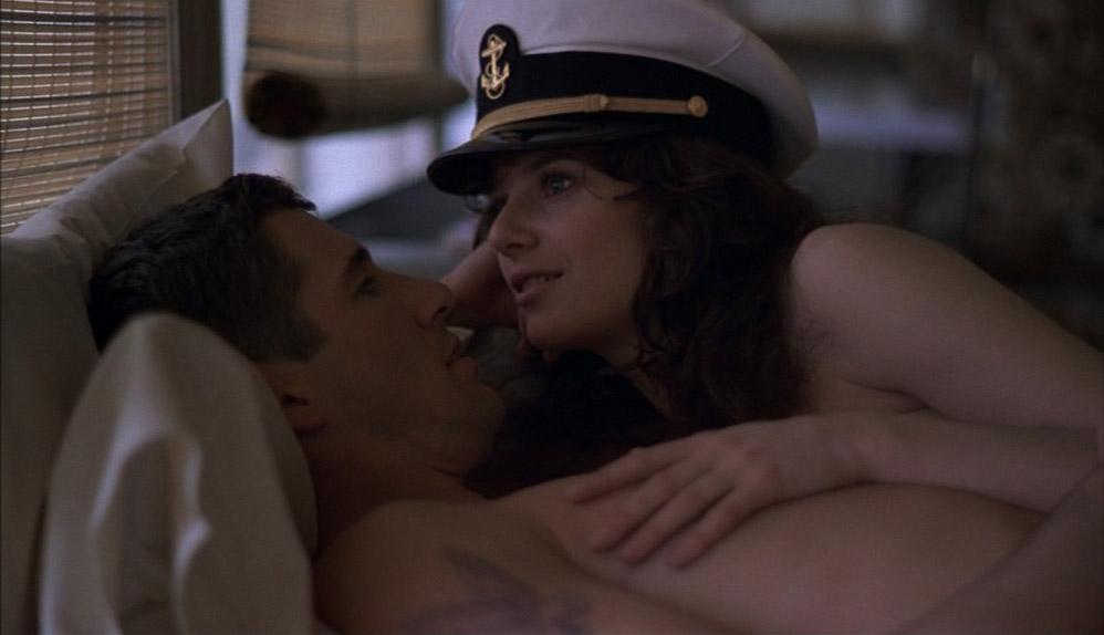 officer-and-a-gentleman-sex-scene