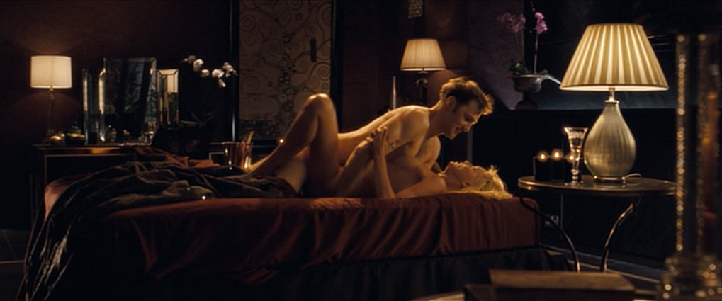 смотреть спальные сцены из фильмов даже