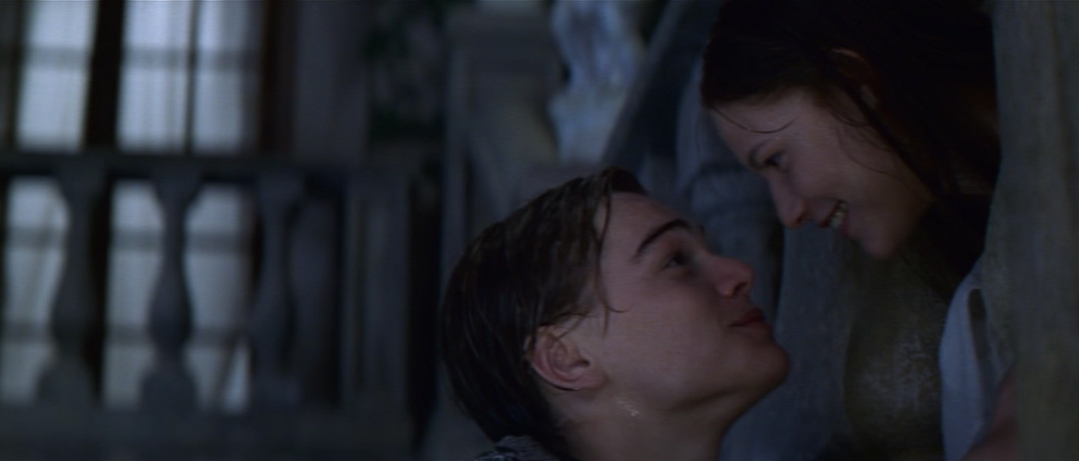 the similarities in the movie end of days and romeo and juliet Life lessons of romeo & juliet romeo and juliet only knew each other for five days but most surely not the end of my thoughts.
